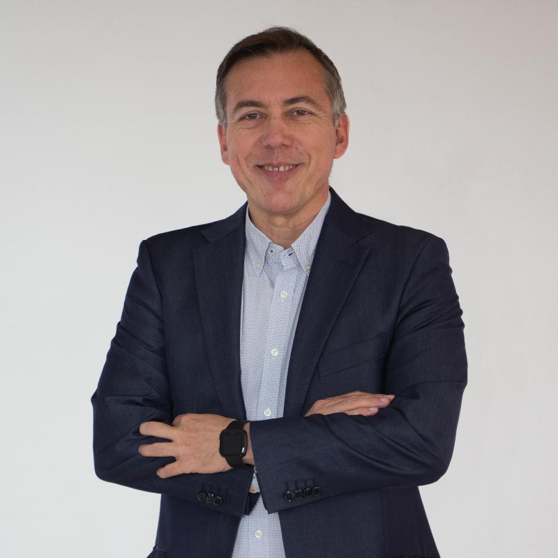 Dr. Manuel Baeza Díaz
