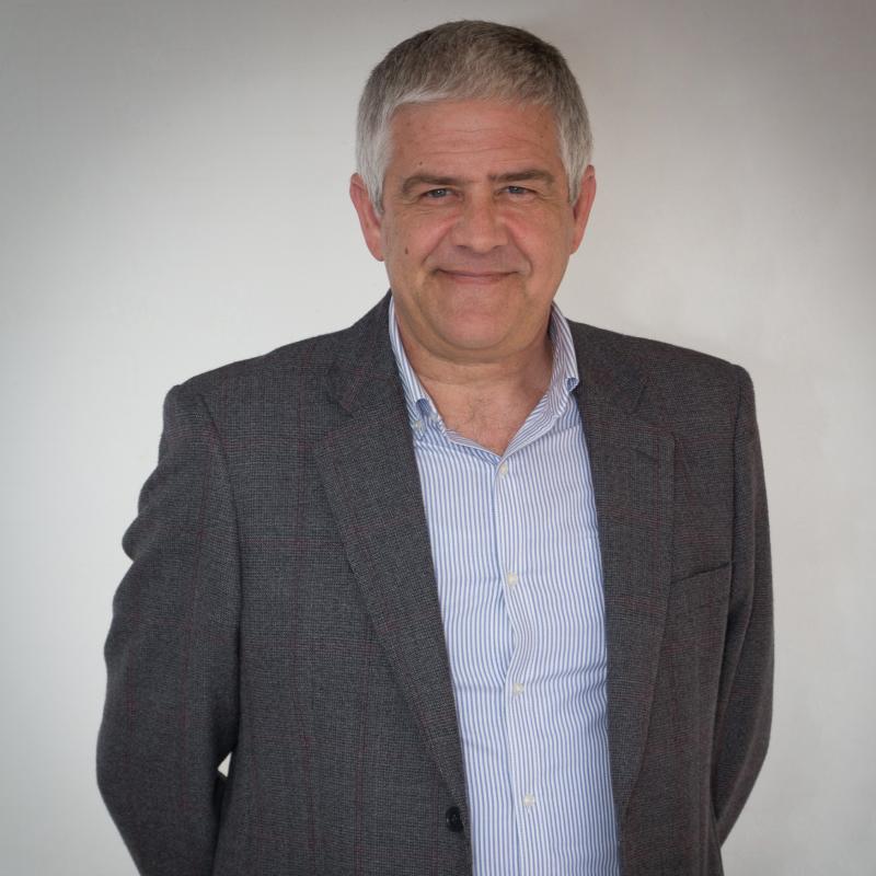 Dr. José Manuel Peris Velarde