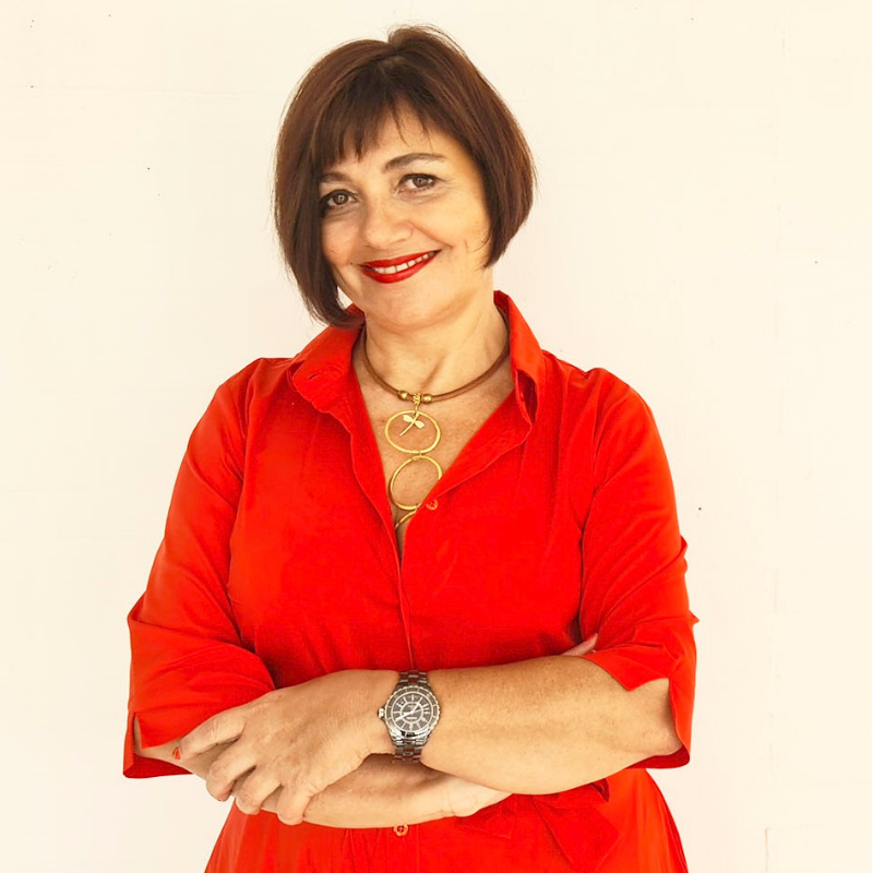 Dra. Ana Segura Paños